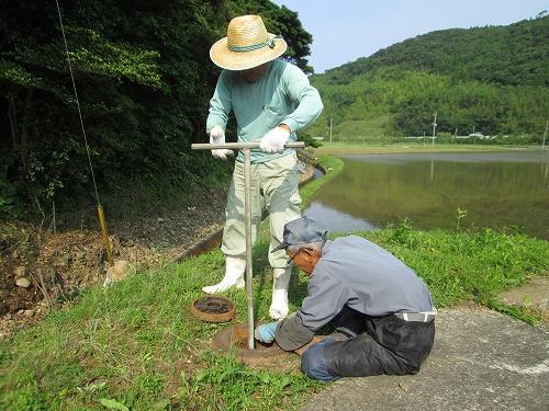 パイプライン排泥弁の点検